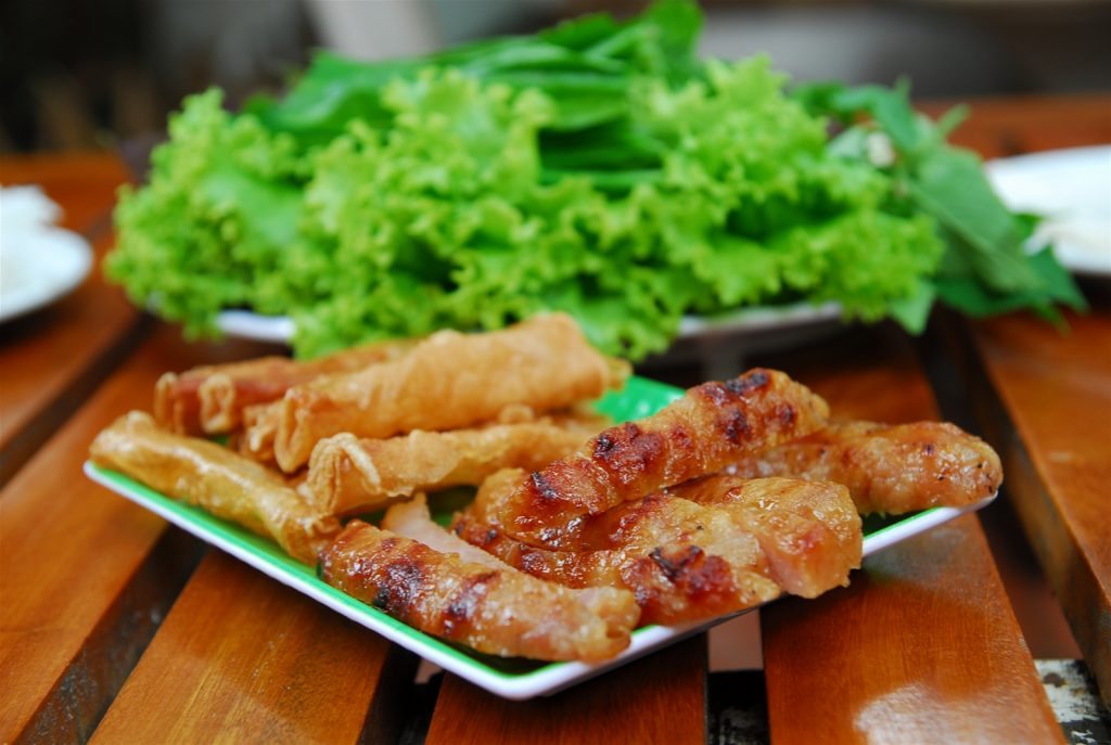 Du lịch Nha Trang - Món nem nướng đặc sản Nha Trang